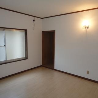 米子市夜見町ペット可一戸建て4/末空き予定 玄関がすごく広いので事務所兼住居も可能です。使い方は色々 - 賃貸(マンション/一戸建て)