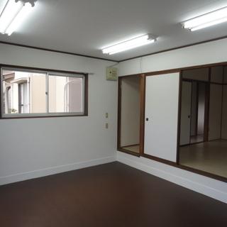 米子市夜見町ペット可一戸建て4/末空き予定 玄関がすごく広いので事務所兼住居も可能です。使い方は色々 − 鳥取県