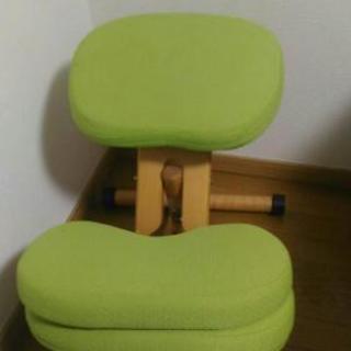 矯正用の椅子