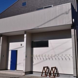 逗子海岸徒歩2分!月4500円のサーフボード置き場(艇庫)会員募集中!