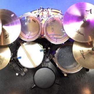 ドラムスクール初心者歓迎(只今 1ヶ月無料キャンペーン中)