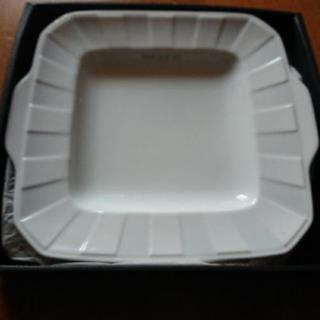 【再投稿】コムサデモードの大皿