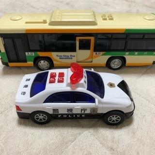 他サイトで売れました 音の出るバスとパトカーのおもちゃ トイコー