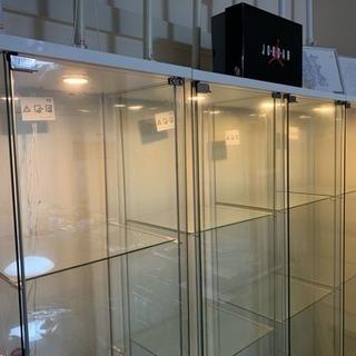 ガラス製ショーケース4個セット(単品売却可能) − 神奈川県