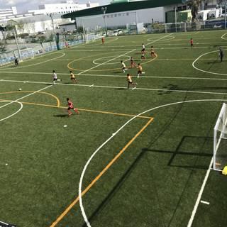 親子サッカー教室・初心者サッカー教室・個人参加型フットサル!
