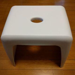 新品同様 風呂椅子 35cm