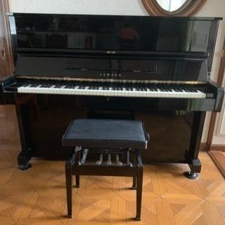 ヤマハ YAMAHA アップライト ピアノ 黒 ブラック 椅子付