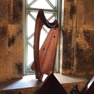 金属弦アイリッシュ・ハープ教室