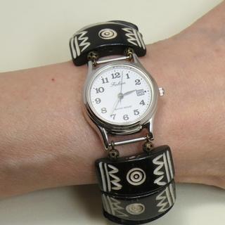 *ボーンブレスレット時計*新品*エスニック感覚のデザインが大人気!