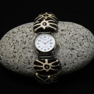 *ボーンブレスレット時計*新品*エスニック感覚のおしゃれな腕時計!