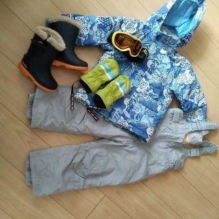 スキーウェアサイズ100 スノーブーツ 手袋 ゴーグル スキー場...