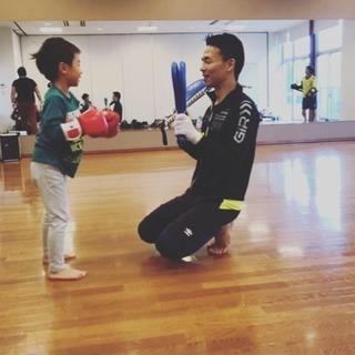 格闘技をお子様に教えてみませんか⁉️ kidsだけのキックボクシ...