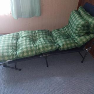 折り畳み式 簡易ベッド