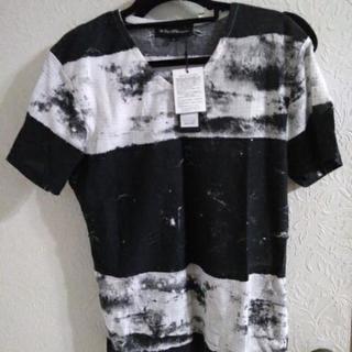 (お引渡し完了)メンズTシャツ新品未使用タグ付き②