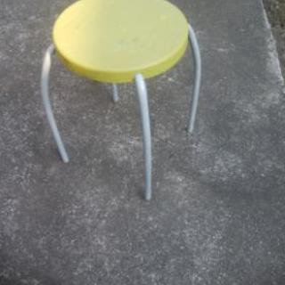 ◆軽くて◆便利な:スツール◆椅子◆
