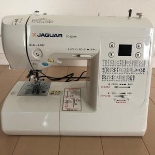 ジャガーコンピュータミシン CD-2203W 中古