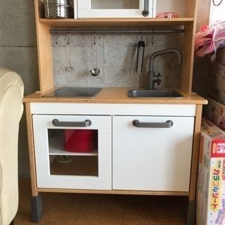IKEAの子ども用  ままごとキッチン
