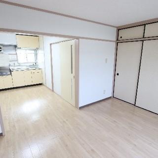 【初期費用は家賃のみ】小倉南区、久々空きましたリノベマンション♪...
