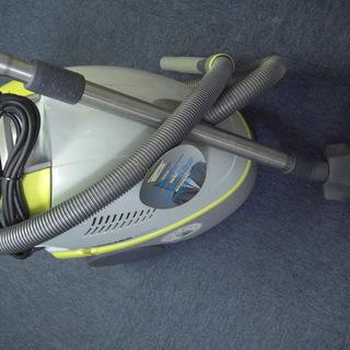 水フィルター掃除機ケルヒャー5500。未使用。