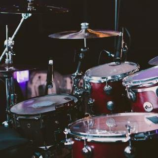 【初心者入門】楽しく爽快に気持ち良く叩くドラム教室