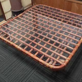 【差しあげます‼️】アジアン風テーブル‼️