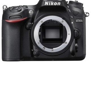 【新品】Nikon デジタル一眼レフカメラ D7200 ニ…