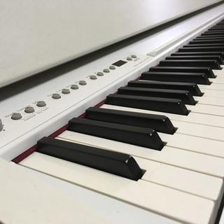 ピアノ【ローランド】【F110】ホワイト