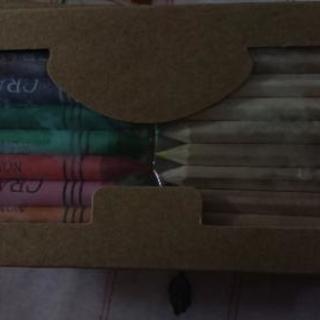 色鉛筆、クレヨンセット