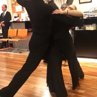 和歌山の社交ダンス教室!ダンススタジオワールド