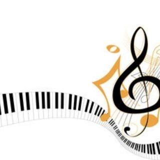 指揮します。合唱、吹奏楽、オケなど。アンサンブルジャズ、ロ…