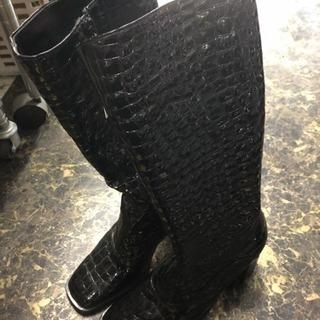 クロコダイル風のブーツ something 24.5~25cm