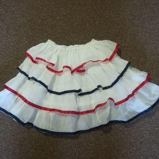 ダンスの衣装に 女児フリフリスカート
