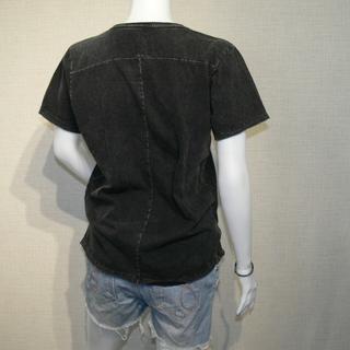 【価格交渉アリ】カットオフ 貼り合わせ縫製 ストーンウォッシュ加工 UネックTシャツ − 北海道