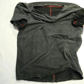 【価格交渉アリ】カットオフ 貼り合わせ縫製 ストーンウォッシュ加工 UネックTシャツ - 売ります・あげます