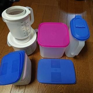 タッパーウェアー プラスチックケース No.3