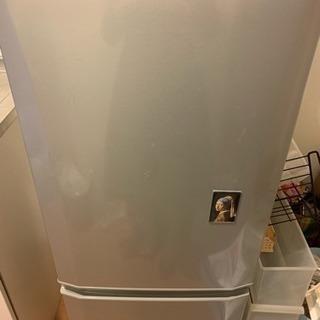 冷蔵庫差し上げます:使用歴4年