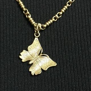 エポカ ネックレス ペンダント バタフライ - 服/ファッション