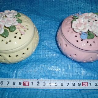★花柄装飾陶器2個★👉プロフィ―ル必読です
