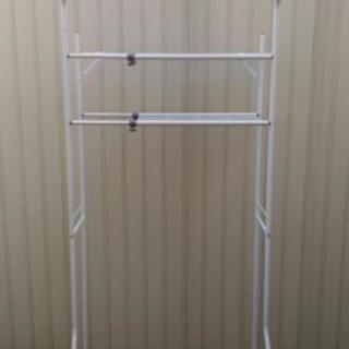 ランドリーラック サイズ調整可能 洗濯機 収納 洗剤 ホースなど