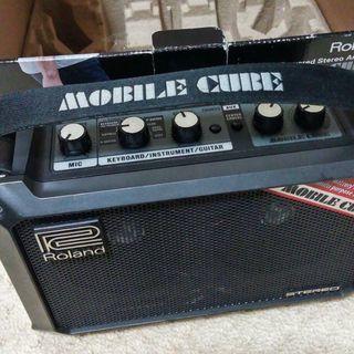 ROLAND電池式ギターアンプ