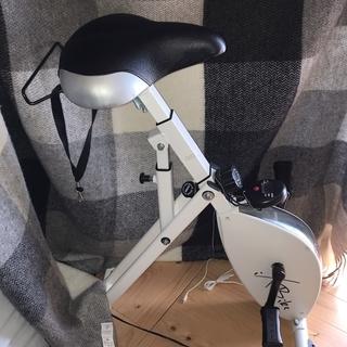 iXBike(フィットネスバイク )昨年8月購入。3ヶ月ほど使って...