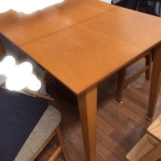 バタフライ式ダイニングテーブル 無垢の画像