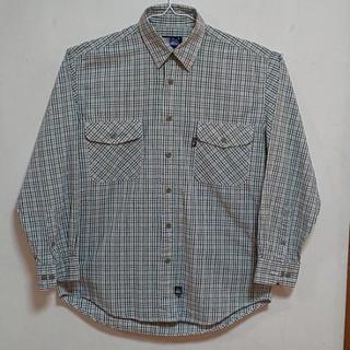 メンズチェックのシャツ