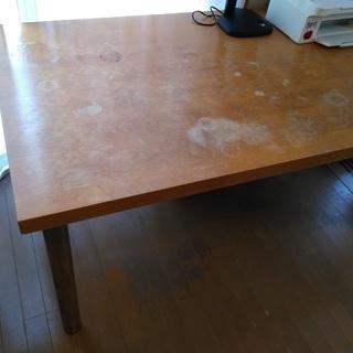 大き目テーブル(リビング・仕事用に利用可)