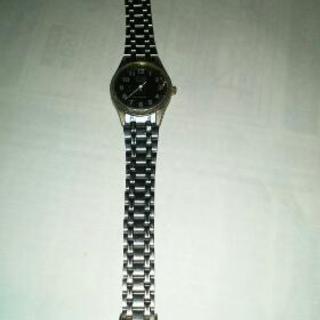 Q&Qレディース腕時計