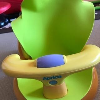 アップリケ☆初めてのお風呂からすぐ使えるバスチェア