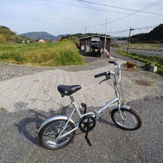 折りたたみ自転車。新古車