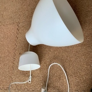 IKEA 吊り照明 新品電球付き