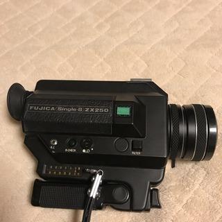 ハンディカメラ