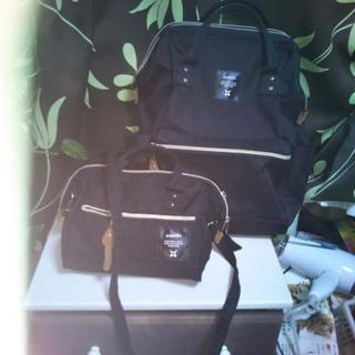 販売延期 anelloのリュックサックとanelloのショルダーバッグ
